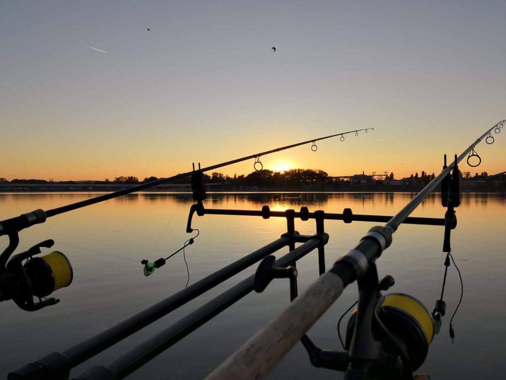 éjszakai-horgászat-kellékei